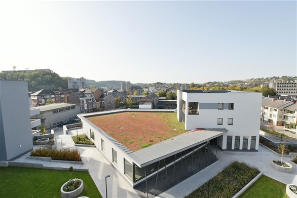 Residence quadrilatere for Acheter un bien insolite